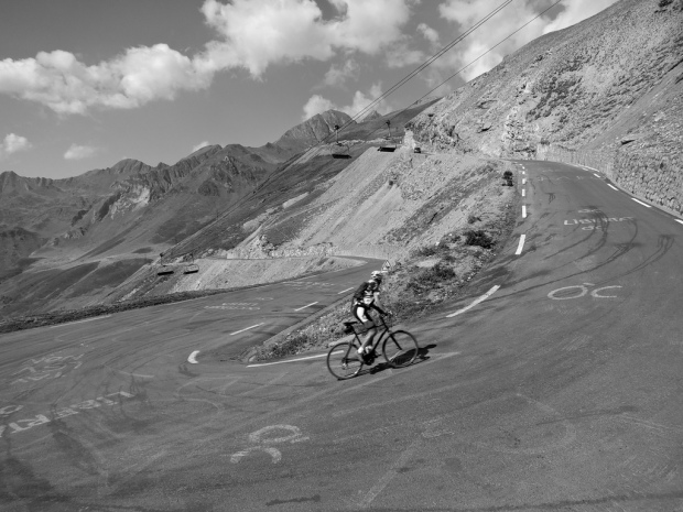 cycliste col tourmalet
